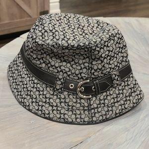 Coach Signature c black and grey bucket hat